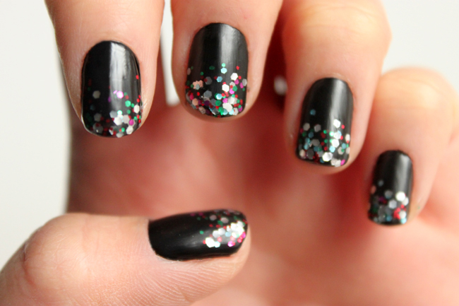Ombre Nails Glitter Tutorial Manicure monday: glitter ombre