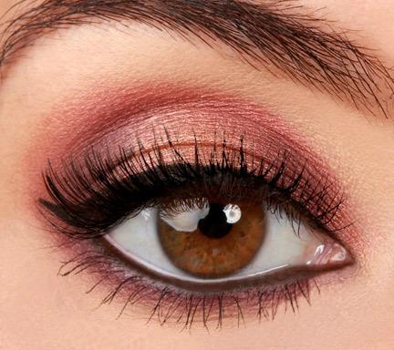 Lulu S How To Rose Gold Eyeshadow Tutorial Lulus Com