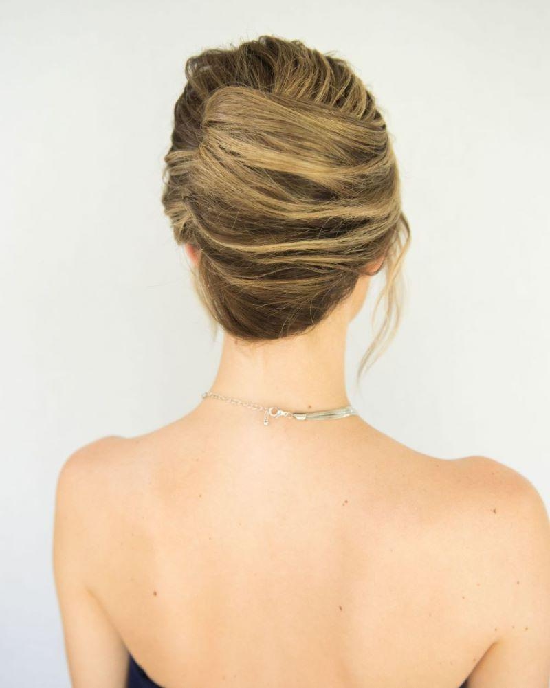 Lulus How To Simple Chignon Hair Tutorial Lulus Com Fashion Blog