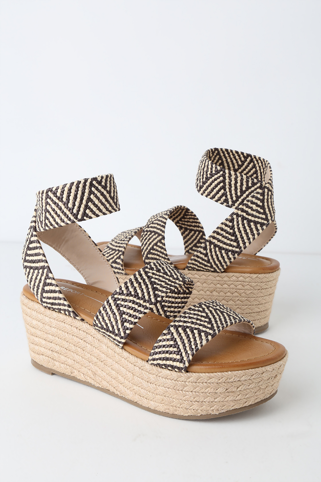 a2821a30ad4 Espadrille Shoes: 15 Stylish Women's Espadrilles for Any Occasion or ...