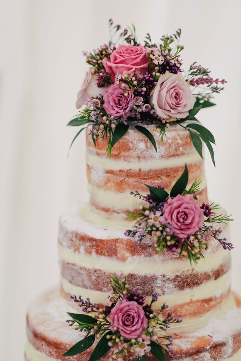 Delish Ideas For Summer Wedding Cakes From The Experts At Zola