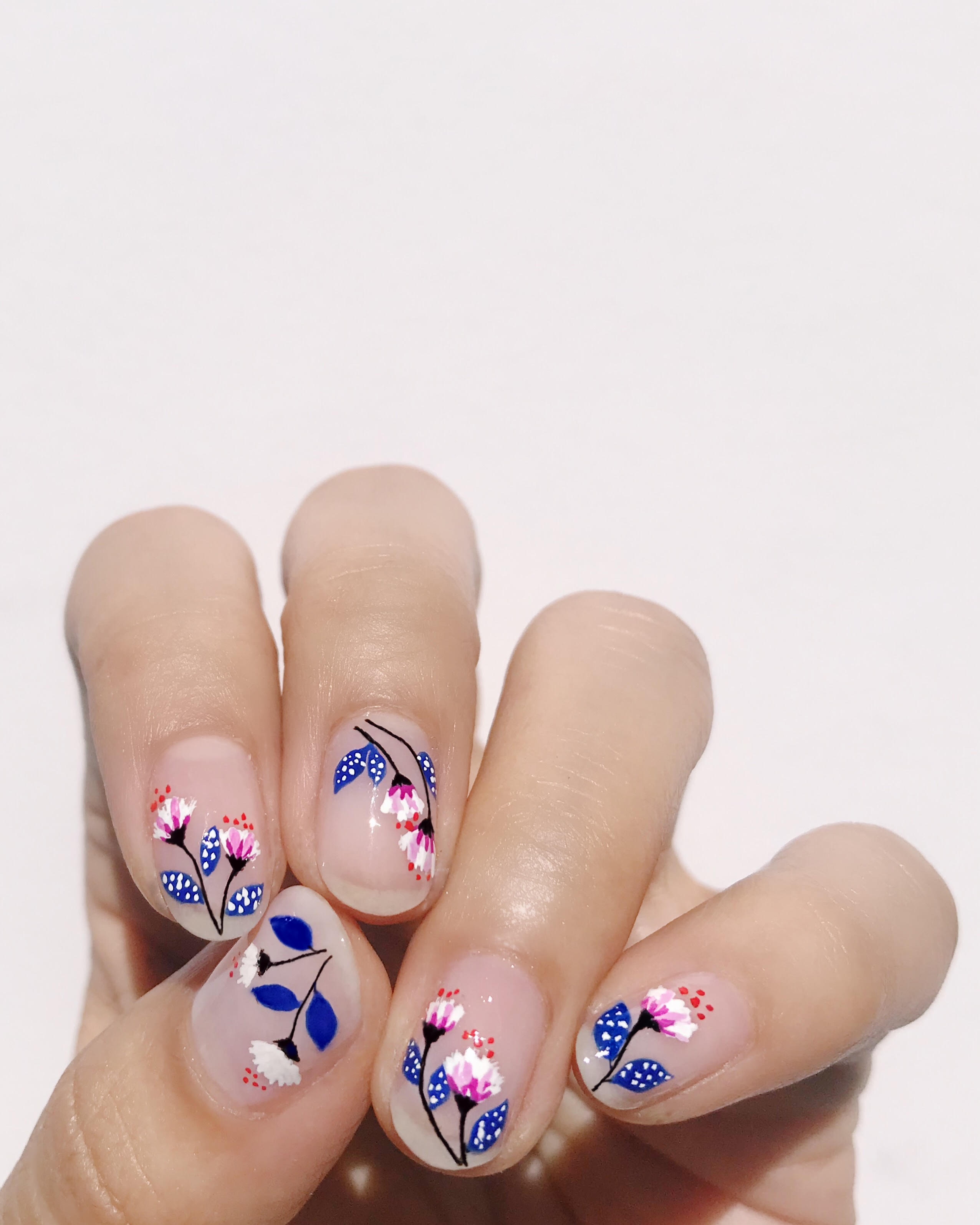 This Nail Flowers Design is Stunning and Simple , Lulus.com