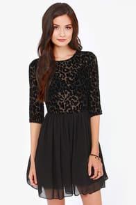 BB Dakota Corella Black Velvet Dress at Lulus.com!