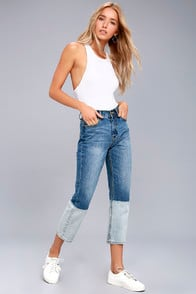 EVIDNT MALIBU BLUE DIP DYED TWO-TONE CROPPED JEANS at Lulus.com!