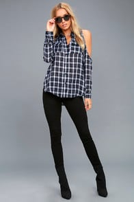 To the Beat Navy Blue Plaid Cold-Shoulder Top at Lulus.com!