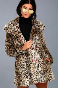 CHLOE LEOPARD PRINT FAUX FUR COAT at Lulus.com!