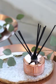 Pink Grapefruit and Prosecco Rose Gold Reed Diffuser at Lulus.com!