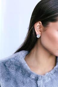 RADIANT ROMANCE SILVER RHINESTONE EARRINGS at Lulus.com!