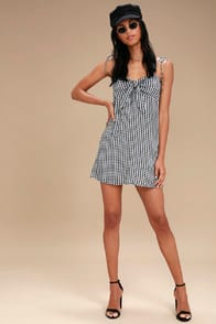 Billabong Sweet Pie Black and White Gingham Tie-Front Dress at Lulus.com!