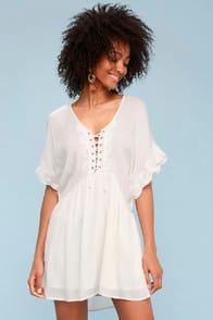 Amuse Society Main Stage Ivory Lace-Up Short Sleeve Dress at Lulus.com!