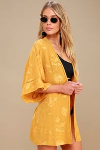 Poolside Dreams Golden Yellow Embroidered Kimono Top at Lulus.com!