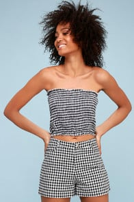 Cute To Boot Black Gingham Tube Top at Lulus.com!