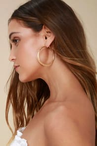 CURRENT FAVE GOLD HOOP EARRINGS at Lulus.com!
