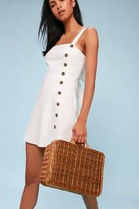DeGarmo Tan Woven Basket Bag at Lulus.com!