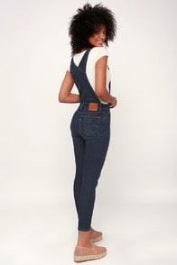 OVER AND OUT MEDIUM WASH SKINNY OVERALLS at Lulus.com!