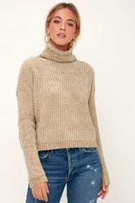 FRANCIA BEIGE CHENILLE TURTLENECK SWEATER at Lulus.com!
