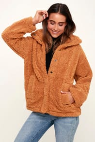 Cozy Days Camel Snap Front Sherpa Jacket at Lulus.com!