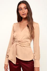 LUCIE PALE PINK SATIN KNOTTED FRONT TOP at Lulus.com!
