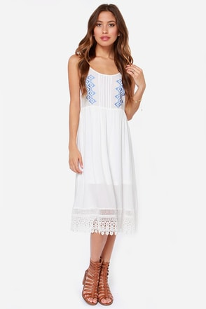 Az-Take a Breather Embroidered Ivory Midi Dress