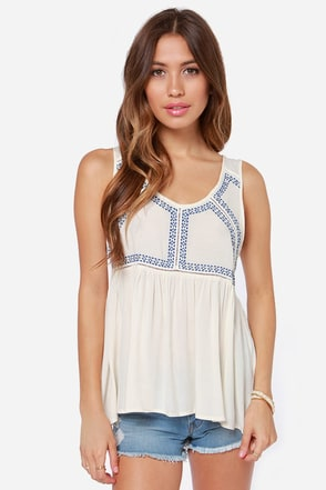 Sweet Nightingale Embroidered Cream Top