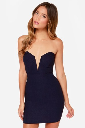 Rolling in the Deep V Black Strapless Dress