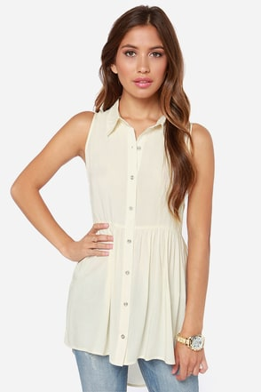 Elderflower Sleeveless Cream Tunic Top