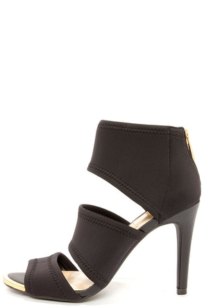 Jessica Simpson Elsbeth Black Scuba Peep Toe Sandals