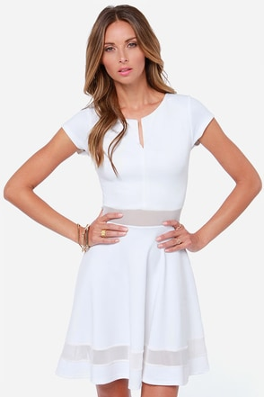 Mesh-issippi Queen Ivory Dress