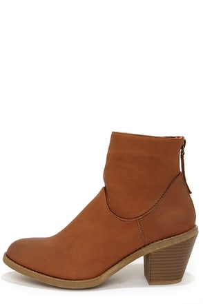 Madden Girl Gleee Grey Ankle Boots at Lulus.com!