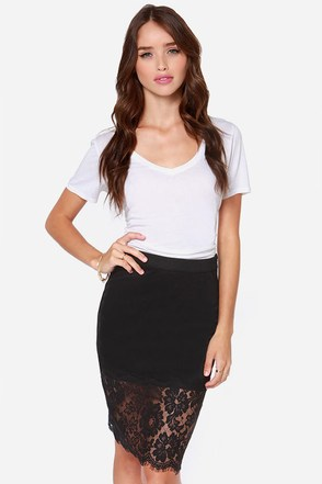 Been Hanging Around Black Lace Skirt
