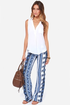 Lucy Love New Delhi Blue Print Pants