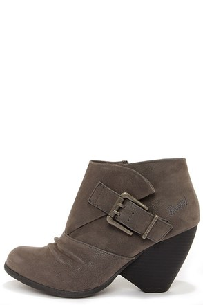 Blowfish Malia Black Cone Heel Booties at Lulus.com!