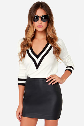 Jack By BB Dakota Fairley Black Vegan Leather Mini Skirt