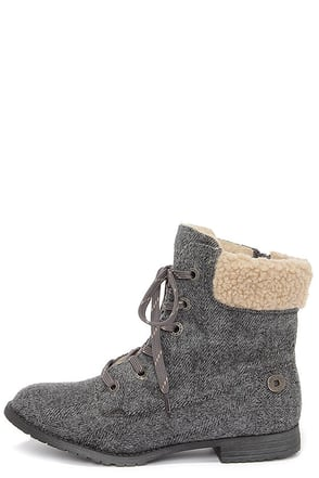Blowfish Trailhead Grey Herringbone Lace-Up Boots at Lulus.com!