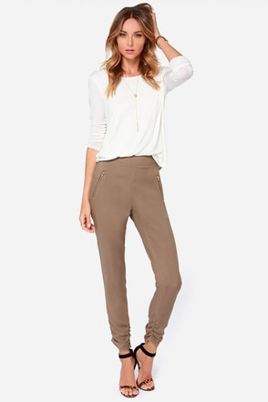 At First Glance Brown Cropped Pants