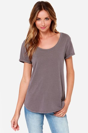 RVCA Label Pippi 2 Grey Tee at Lulus.com!