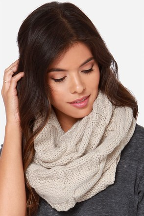 Willing and Cable Beige Knit Infinity Scarf