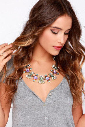 Shiny Happy People Lavender Rhinestone Necklace