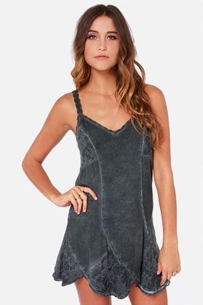Black Swan Primrose Washed Grey Lace Dress at Lulus.com!