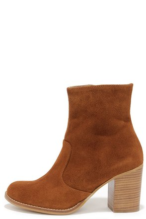 House of Harlow 1960 Arabella Cognac Suede Leather Ankle Boots at Lulus.com!