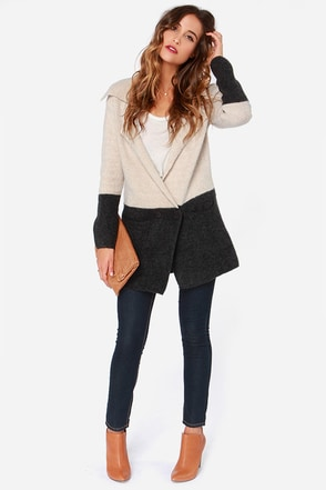 Pier and There Charcoal and Beige Sweater at Lulus.com!