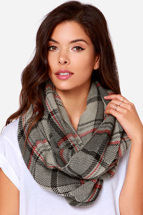 Put in Print Navy Blue Plaid Infinity Scarf at Lulus.com!