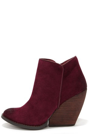 Very Volatile Whitby Khaki Suede Leather Wedge Booties at Lulus.com!