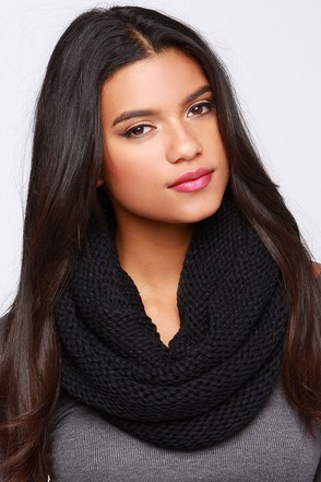 Huddle Up Black Knit Infinity Scarf at Lulus.com!