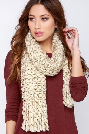 Cloud Covering Cream Knit Scarf at Lulus.com!