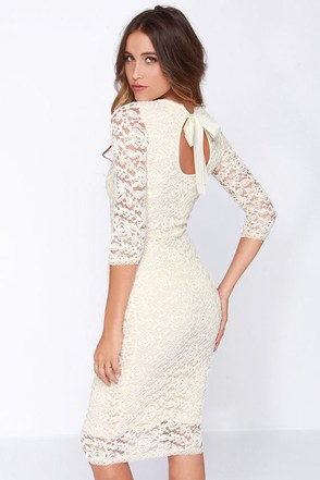 Black Swan Tinsel Cream Lace Midi Dress at Lulus.com!