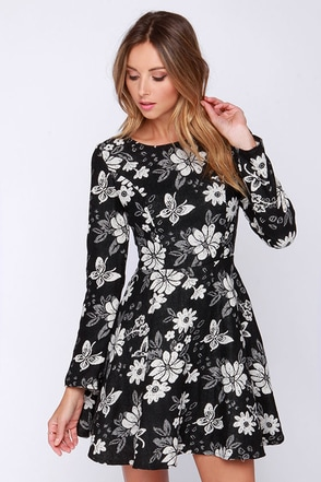 Tapestry Time Black and Ivory Floral Print Dress at Lulus.com!