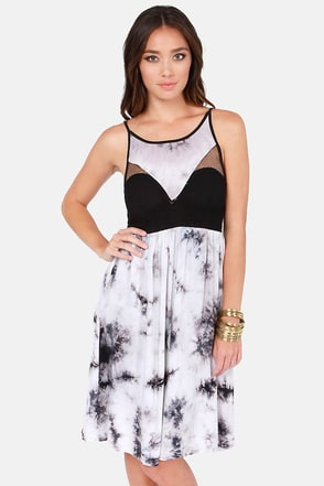 Reverse Tie-Dyes Finish First Black and Grey Dress