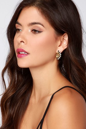 Beautiful Nile Champagne and Black Rhinestone Earrings at Lulus.com!