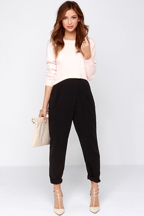 Corporate Ladder High-Waisted Black Pants at Lulus.com!